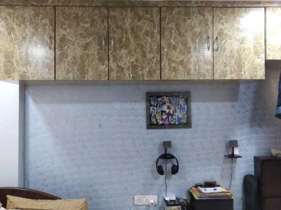 Gallery Cover Image of 225 Sq.ft 1 RK Apartment for buy in Malad West for 3100000