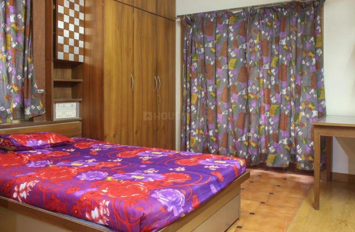 औंध में एफ़2 मेघना अपार्ट्स के बेडरूम की तस्वीर