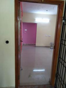 Gallery Cover Image of 757 Sq.ft 2 BHK Apartment for rent in Perumanttunallur for 7000