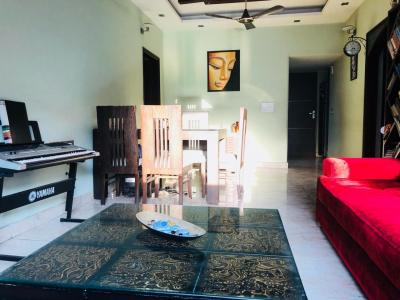 Gallery Cover Image of 1300 Sq.ft 3 BHK Apartment for rent in Paschim Vihar for 31000