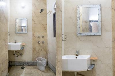 Common Bathroom Image of Oyo Life Del2154 East Of Kailash in Garhi