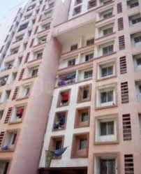 Gallery Cover Image of 425 Sq.ft 1 BHK Apartment for buy in Kurla West for 2100000