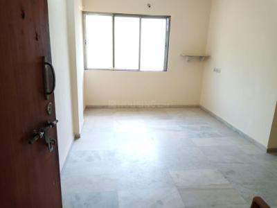 Gallery Cover Image of 720 Sq.ft 2 BHK Apartment for rent in Dahisar East for 22500
