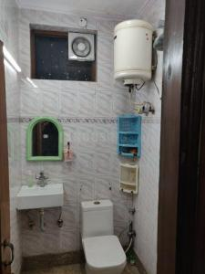 Bathroom Image of Heritage Rooms PG in Vijay Nagar