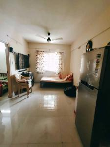 Gallery Cover Image of 635 Sq.ft 1 BHK Apartment for rent in Murugeshpalya for 16000
