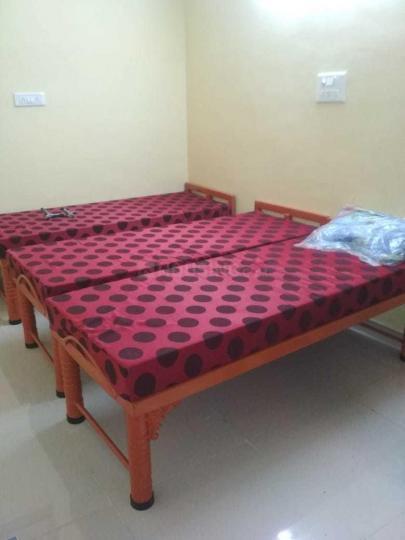 डोमलूर लेआउट में बालाजी पीजी में बेडरूम की तस्वीर