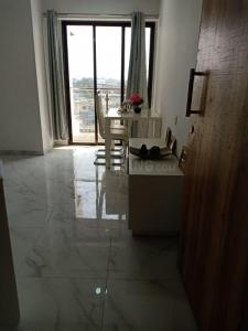 Gallery Cover Image of 685 Sq.ft 1 BHK Apartment for buy in Kharghar for 5300000