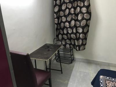 Bedroom Image of Tanwar PG in Khirki Extension