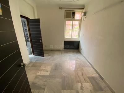Gallery Cover Image of 1200 Sq.ft 2 BHK Apartment for rent in CGHS National Apartment, Sector 3 Dwarka for 24000