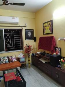 Gallery Cover Image of 1150 Sq.ft 3 BHK Apartment for buy in Maheshtala for 4900000