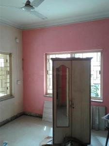 Gallery Cover Image of 600 Sq.ft 2 BHK Independent House for rent in Phool Bagan for 14000