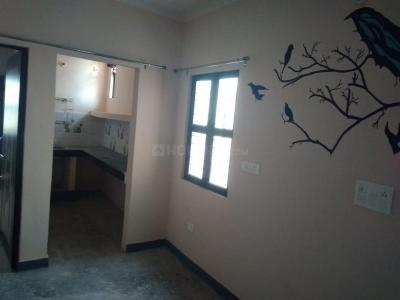 Gallery Cover Image of 450 Sq.ft 1 BHK Independent Floor for rent in Nai Basti Dundahera for 4000
