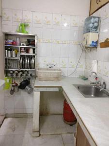 पीजी 3806373 सेक्टर 10ए इन सेक्टर 10ए के किचन की तस्वीर