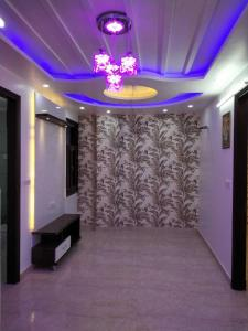 Gallery Cover Image of 700 Sq.ft 3 BHK Independent Floor for buy in Dream Luxury Homez, Dwarka Mor for 3250000