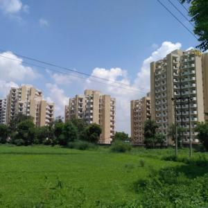 Gallery Cover Image of 800 Sq.ft 2 BHK Apartment for rent in GLS Arawali Homes, Sector 4, Sohna for 10000