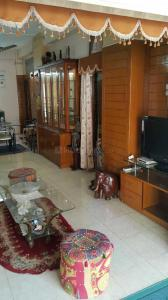 Gallery Cover Image of 1100 Sq.ft 2 BHK Apartment for rent in Gariahat for 38000