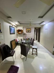 Gallery Cover Image of 990 Sq.ft 2 BHK Apartment for rent in Borivali East for 31000