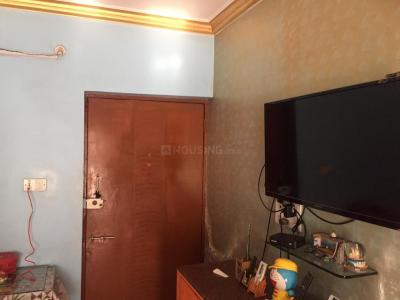 Gallery Cover Image of 630 Sq.ft 1 BHK Apartment for rent in Palms Apartment 2, Goregaon East for 21000
