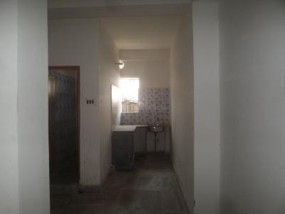 Gallery Cover Image of 700 Sq.ft 2 BHK Apartment for rent in Mukundapur for 7000