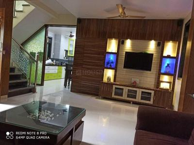 Gallery Cover Image of 2700 Sq.ft 3 BHK Independent House for buy in Mariya Apartment, Vasai West for 11500000