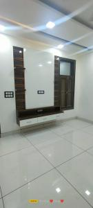 Gallery Cover Image of 810 Sq.ft 2 BHK Independent Floor for buy in Lado Sarai for 5100000