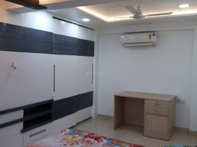Gallery Cover Image of 1600 Sq.ft 3 BHK Apartment for buy in Sam Karuna Vihar, Sector 18 Dwarka for 17500000
