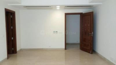 Gallery Cover Image of 2700 Sq.ft 4 BHK Independent Floor for buy in Safdarjung Enclave for 68000000