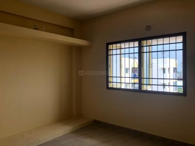 Gallery Cover Image of 1270 Sq.ft 3 BHK Apartment for buy in Mambakkam for 3220000