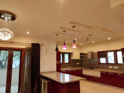 Gallery Cover Image of 4200 Sq.ft 4 BHK Independent Floor for buy in Malleswaram for 56000000