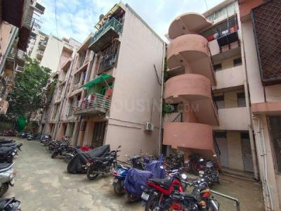 Gallery Cover Image of 200 Sq.ft 1 RK Apartment for buy in DLF Regency Park 1, Sector 43 for 1600000
