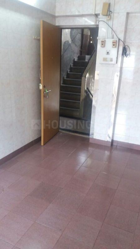 Living Room Image of 650 Sq.ft 1 BHK Apartment for rent in Santacruz West for 35000