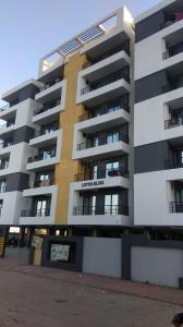 Gallery Cover Image of 945 Sq.ft 2 BHK Apartment for buy in Lotus Bliss, Bhawrasla for 3000000