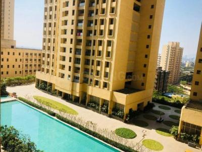Gallery Cover Image of 1090 Sq.ft 2 BHK Apartment for rent in Rustomjee Urbania Azziano, Thane West for 30500