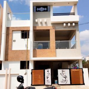 Gallery Cover Image of 1805 Sq.ft 3 BHK Independent House for buy in Electronic City for 8525600