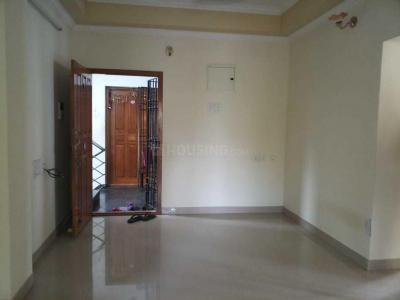 Gallery Cover Image of 1160 Sq.ft 2 BHK Apartment for rent in Ramapuram for 18000