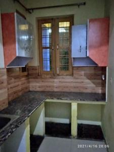 Gallery Cover Image of 950 Sq.ft 1 BHK Independent Floor for rent in Sangam Vihar for 10000
