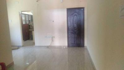 Gallery Cover Image of 757 Sq.ft 2 BHK Apartment for buy in Kailash Flats, Pallavaram for 3900000