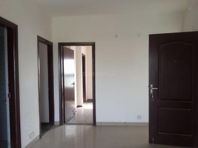 Gallery Cover Image of 1050 Sq.ft 3 BHK Apartment for rent in Sector 84 for 7000