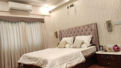 Gallery Cover Image of 2600 Sq.ft 3 BHK Apartment for rent in Ballygunge apartment, Ballygunge for 90000