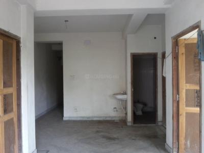 Gallery Cover Image of 750 Sq.ft 2 BHK Apartment for rent in Beliaghata for 10000
