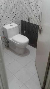Bathroom Image of PG 3806132 Sector 24 in DLF Phase 3