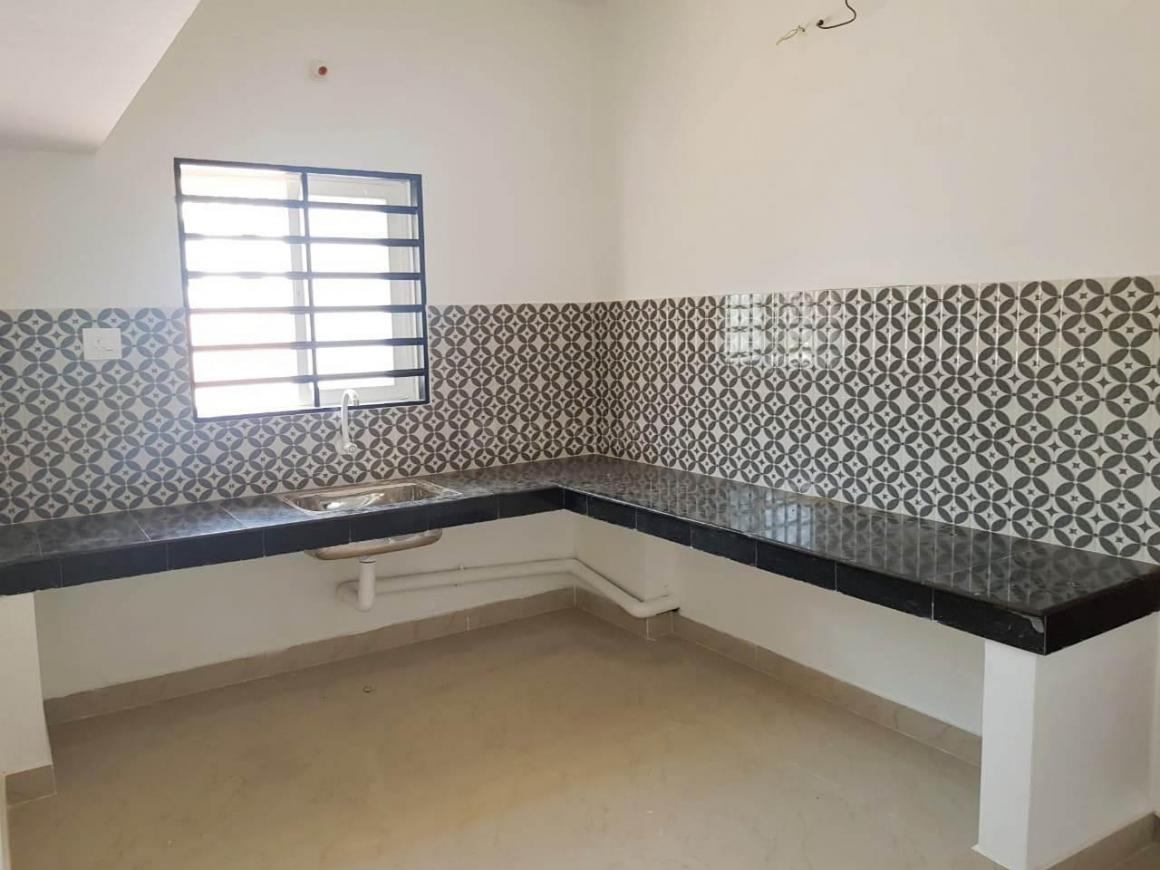 Kitchen Image of 1500 Sq.ft 3 BHK Independent House for buy in Areekkad for 2699900
