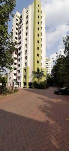 Gallery Cover Image of 1217 Sq.ft 2 BHK Apartment for buy in Hadapsar for 8282000