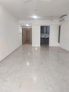 Gallery Cover Image of 1950 Sq.ft 3 BHK Apartment for rent in Radius Epitome at Imperial Heights, Goregaon West for 75000