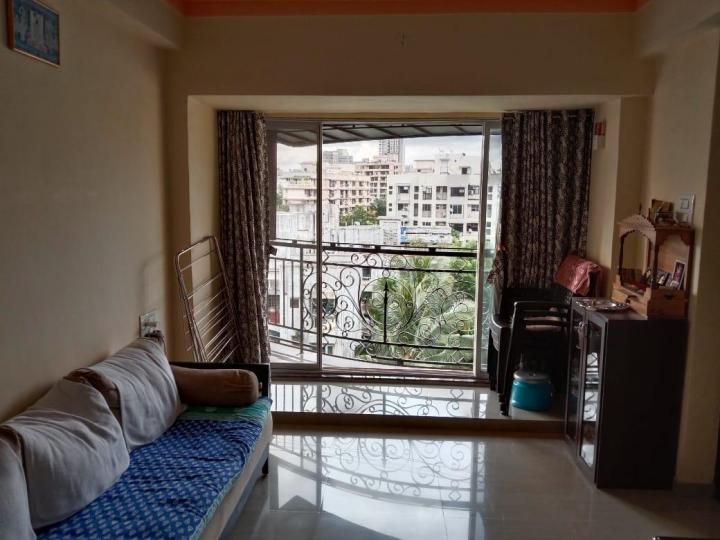 Hall Image of 585 Sq.ft 1 BHK Apartment for buy in Kandivali West for 10500000