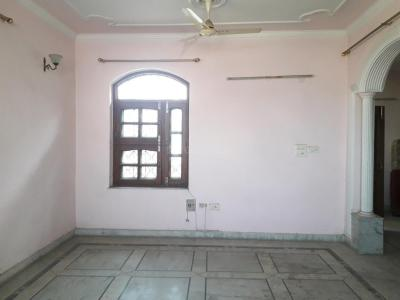 Gallery Cover Image of 1400 Sq.ft 3 BHK Independent Floor for rent in Palam Vihar for 25000