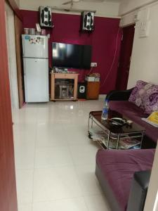 Gallery Cover Image of 525 Sq.ft 2 BHK Apartment for rent in Vashi for 20000