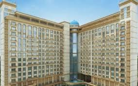 Gallery Cover Image of 1188 Sq.ft 2 BHK Apartment for buy in Tulsiani Palacio Imperial White, Golf City for 4989600