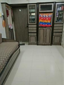 Gallery Cover Image of 385 Sq.ft 1 RK Apartment for rent in Malad West for 21000
