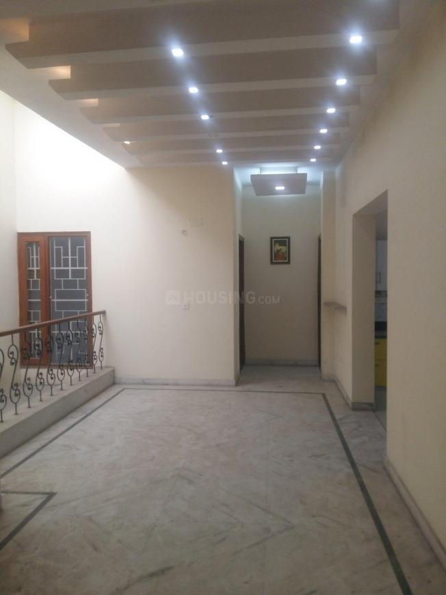Passage Image of 1500 Sq.ft 3 BHK Independent House for rent in Sector 72 for 25000